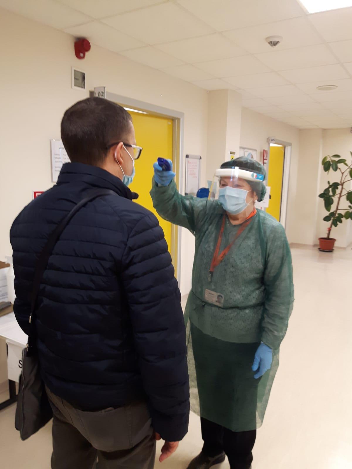 Ileana Confetti check point anticovid (Casa della Saute Ovest- via Brigata Reggio), dal 27 ottobre 2020